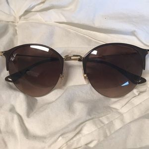 44c86f00e1 Ray-Ban Other - Ray ban sunglasses  RB3578. Brown Lens